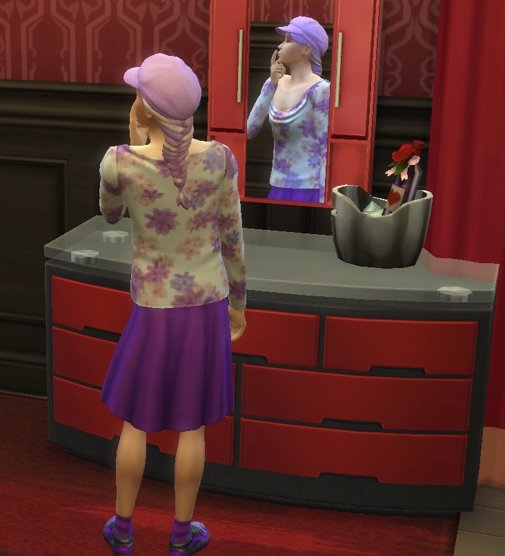 Ziggy Sim at the mirror